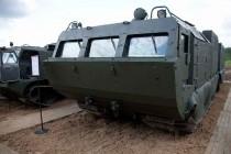 """Военный вездеход-амфибия ДТ-10ПМ """"Витязь"""" с бронированной кабиной и грузоподъемностью 10 тонн"""